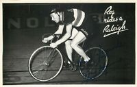 Ciclismo - Autografo di Reginald Harris (Birtle, 1920 - Macclesfield, 1992)