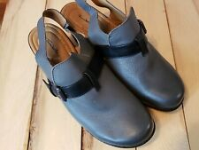 Thom McAn Slip On Clog New With Out Tags Gray With Black Strap Womens 9