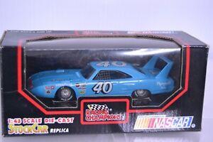 NASCAR Racing Champions #4O Pete Hamilton Superbee 1970 1:43 Stock Car Replica