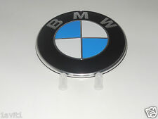 NEW GENUINE BMW E46 E90 F31  F30 F33 REAR BMW EMBLEM WITH GROMMETS 51148219237