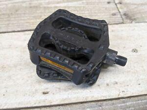 1997 GT Stamped Black Resin Pedals 1/2 Shaft VFR Mid School BMX Dyno