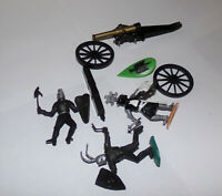 Lot of Vintage Timpo Toys Knights AND CANNON Helm Knight Swoppets