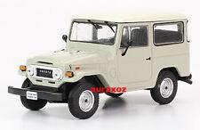 1/43 Toyota Land Cruiser FJ 40 1973 Dakar Car Truck Diecast Batman Hilux Jeep