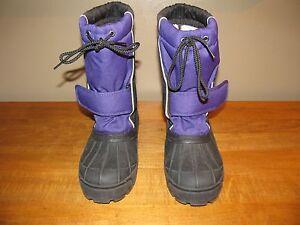 L. L. Bean Rain Snow Boots  Women's Size 4 Black Lavender Name Tag