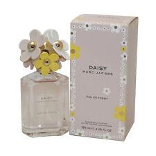 Daisy Eau So Fresh by Marc Jacobs Eau De Toilette Spray 4.2 oz/ 125 ml FOR WOMEN