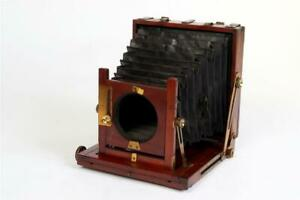 """Vintage ~ """"W. Middlemiss"""" """"Criterion Patent"""" 1/2 Plate Mahogany and Brass Camera"""