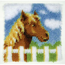 "Chestnut pony latch hook rug kit - 12"" x 12"""