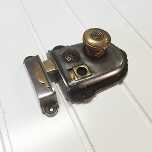 IRON CROMWELL TRADITIONAL DOOR RIM LOCK LATCH (*ATC)