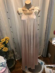 Vtg Miss Elaine Long Nylon Nightgown Sz Med USA Union Made Lace Detail