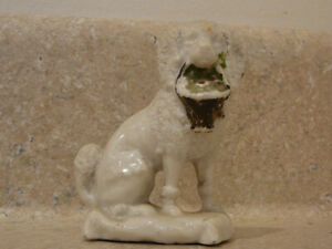 ANTIQUE STAFFORDSHIRE CONTE BOEHME CHINA FAIRING TRINKET STATUE POODLE DOG