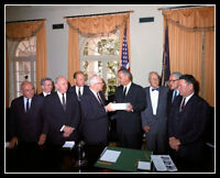 Lyndon Johnson Gerald Ford Photo 8X10  Warren Report Kennedy Assassination 1964