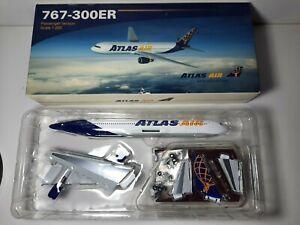 1:200 Aero Le Plane B767-300ER Atlas Air