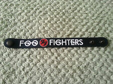 SILICONE RUBBER ROCK MUSIC FESTIVAL WRISTBAND/BRACELET:- FOO FIGHTERS