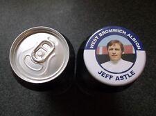 Jeff Astle West Bromwich Albion FC 55MM Insignia West, Brom WBA