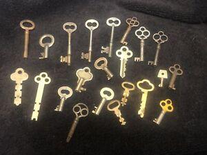 Vintage Antique Lot of 22  Skeleton Keys
