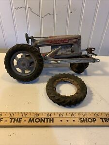 Hubley tractor with loader 1950's Kidde farm Parts or restore vintage Toy M