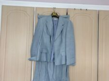 Ladies Marks and Spencer Beautiful Linen Suit size 16, worn once.