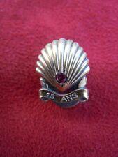 Cartier rubis bijou boutonnière argent doré coquille saint jacques Shell 15 ans