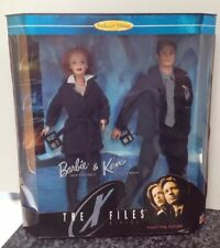 """The X-Files Barbie & Ken Gift Set """"Fight the Future"""" Scully & Mulder # 19630"""