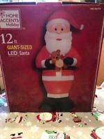 12 FT GIANT-SIZED LED SANTA INDOOR OR OUTDOOR AIRBLOWN INFLATABLE NEW