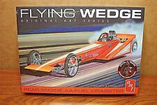 AMT FLYING WEDGE REAR ENGINE AA/FUEL DRAGSTER 1/25 SCALE KIT original art series
