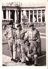 FOTO ANNI '50/'60 MILITARI ESERCITO ITALIANO IN LIBERA USCITA A ROMA C10-258