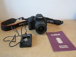 Canon EOS 700D Digital Camera with 18-55mm Zoom EFS Lens Strap Charger & Battery