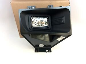 17-18 Ford F-250 F-350 RH Passenger Side Front Fog Light Lamp With Bezel New OEM