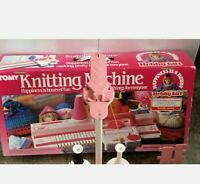 Vintage Tomy Real Knitting Machine #2708 Age 8+ Hobby Girl c1984 1980s Boxed