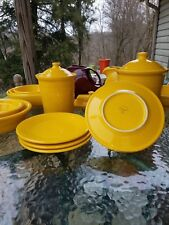 "4 Luncheon PLATES set lot daffodil yellow HOMER LAUGHLIN FIESTA WARE 9"" NEW"