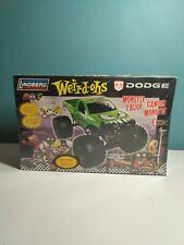Lindberg Weirdo Dodge 1/24 Monster Truck Model Kit