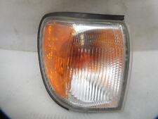 99 00 01 02 03 04 Nissan Pathfinder Passg Right Corner Marker Light Lamp Z-36