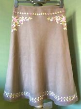 Laura Ashley 100% linen skirt with embroidery ** SIZE 14 ** excellent condition