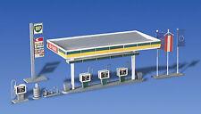 Faller 130346 - Covered Petrol Pump Plastic Kit  'H0' Gauge= 1/87 Scale T48 Post
