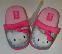 9402a004b01d Hello Kitty Girls Slippers Size 13 1 or 2 3 NWT