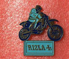Pins RIZLA + Croix MOTO CROSS TRIAL Papier à Cigarette