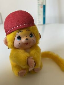 Yellow Chic A Boo Monchichi Clip On Hugger Toy  Vintage