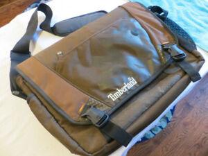 "Timberland Messenger Bag 17"" Compartments incl. Laptop, Zippered; Shoulder Strap"