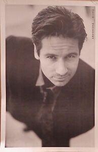 "TV POSTER~David Duchovny B/W X-Files Model Pose 23x35"" Fox Mulder Full Size Rare"
