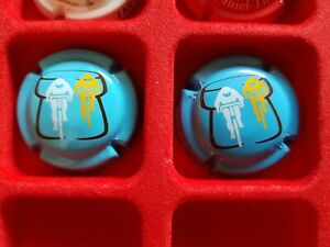Rares 2 capsules champagne Daniel Thibaut Cyclistes bleue ecrit blanche & noire