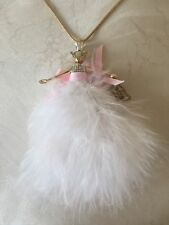 $65 Betsey Johnson Marie Antoinette Pink Mouse LONG Feather Necklace NEW tag