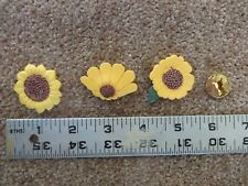 Lot of 3 Resin assorted Sunflowers Daisies with BUTTON COVERS - NEW