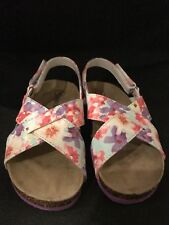 NWOT CHEROKEE FLORAL GIRL'S FOOTBED Sandals Children's Shoes Size 9