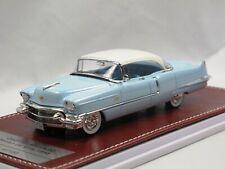 Great Iconic Models GIM GiM023A 1956 Cadillac Sedan DeVille hellblau/weiß 1:43