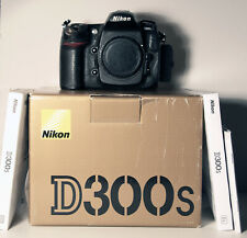 NIKON D300S W/ 18-200MM  F/3.5-5.6G ED VRII LENS +FILTERS+BATT+CHARGER+ BAG