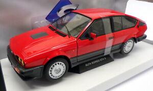 Solido 1/18 Scale Model Car S1802301 - Alfa Romeo GTV6 - Red