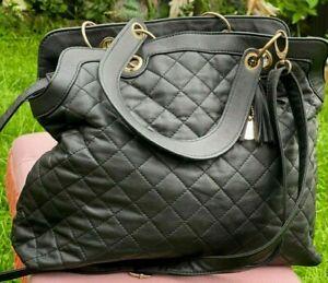 Quilted black handbag carry/shoulder roomy medium bag lightweight - defect