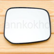 2000-2005 Mitsubishi L200 Triton Strada side view door mirror glass lens right
