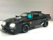 """Mad Max"" Ford Falcon XB INTERCEPTOR 1973 Last V8 POLICE WORKING LIGHTS 1/18"