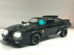 """Mad Max"" Ford Falcon XB INTERCEPTOR 1973 Last V8 POLICE WORKING LIGHTS 1/18"